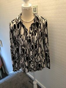 LADIES BLOUSE SIZE 16