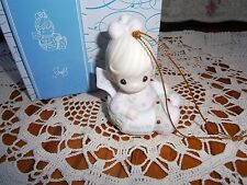 Precious Moments Ornament Babys 1st First Christmas 2007 Girl/Wreath