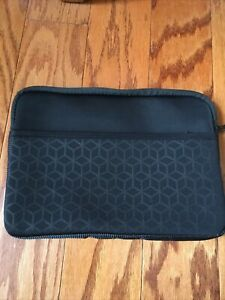 HP Brand IPad, Tablet, or Chromebook Sleeve Case NWOT.  7x11 inches Extra Pocket