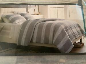 Threshold Yarn Dyed Stripe Duvet Cover /Sham Set Radiant Gray Full/Queen New