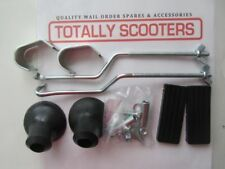 LAMBRETTA or VESPA FRONT CARRIER FIXING KIT WITH BLACK RUBBERS ARMS AND FIXINGS