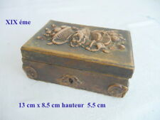 XIX éme  coffret boite à bijoux en bois et  stuc 13 CM X 8.5 CM dans son juss