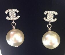 CHANEL 2017 TOP PEARL DROP SILVER CRYSTAL CC DRESS EARRINGS NEW BEAUTIFUL