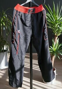 Sentrum Kickboxing Pants Black and Red Martial Arts Men's Size 30 x 30