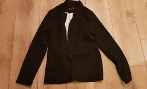 Ladies 'NEW LOOK' Black button front smart Jlined acket. Size 8.. vgc.