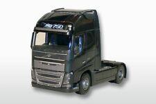 EMEK 81333 Volvo FH04 GL XL 4x2 Solomaschine 1:25 schwarze Ausführung, 23cm