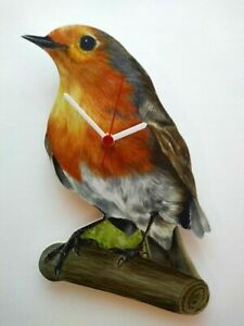 ROBIN RED BREAST HAND MADE WOODEN BIRD WALL CLOCK COUNTRY HEDGEROW COLLECTION
