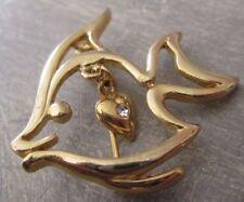 broche bijou rétro couleur or forme poisson petit coeur cristal  3423
