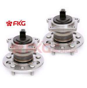 2 Rear Wheel Bearing Hub for 1998 1999 2000 2001 2002 2003 Toyota Sienna 512041