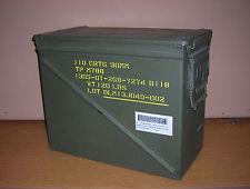 RARE US ARMY LARGE AMMO BOX 30 MM X 110 CRTG ACIER ETANCHE VIDE ETAT NEUF !!!