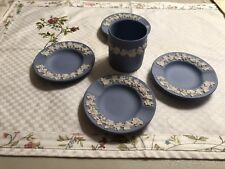 Wedgwood Blue Jasperware Cigarette Holder & 4 Ashtrays