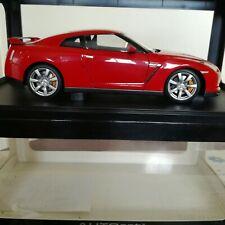 AUTOART Nissan GTR R35 1/18 rouge En parfait état, dans sa boîte!
