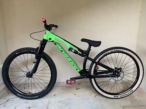 https www ebay com b dirt jumper bikes 177831 bn 1849684