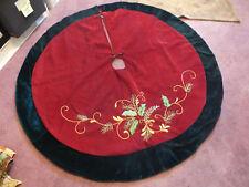 "Beautiful Plush Tree Skirt 44"" Round Ribbon Embroidery Nice Deep Red Green Wow"