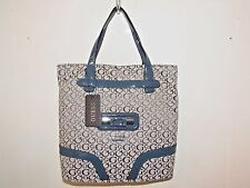 NWT Genuine Authentic GUESS ladies hand bag purse shoulder bag