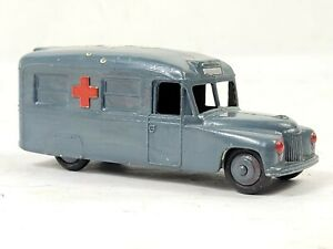 "Dinky Toys Meccano No 624 Daimler Military Ambulance Made England Diecast 3.75"""