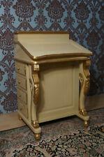 EN PROMO: Beau petit bureau secretaire 16 tiroirs bege et doré d'un château à BX