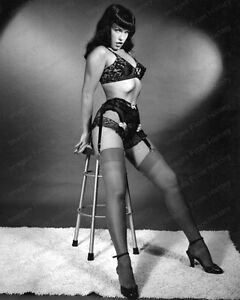 8x10 Print Sexy Model Pin Up Bettie Page Lingerie Garter Nudes #BP85