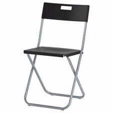 Chaises noires en acier pour le bureau
