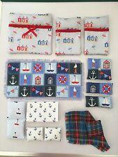 Conjunto de ropa de cama, y alfombra, hecho a mano para caber Sylvanian mar crucero Pontón.