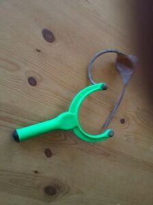 Fishing Catapault, one piece latex cup, various colours, ideal for groundbait