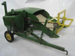 Vtg 1950's JOHN DEERE Tractor-Pull COMBINE Complete Working Eska Ertl Tru-Scale