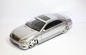 Jada Toys 2007 Mercedes Benz S550 - Near Mint Model Dub City