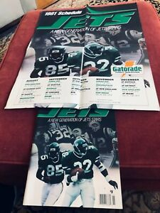 NEW 1991 New York Jets Yearbook Absolutely Mint with Poster