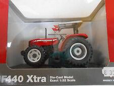 Universal Hobbies Modelle von Landwirtschaftsfahrzeugen für Massey Ferguson
