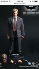 Hot Toys Two Face Harvey Dent Dark Knight DC Batman