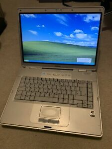 HP Compaq Presario Intel Celeron 1Gb Laptop Windows XP Pro Retro Gaming DVD
