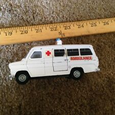 DINKY TOYS 276 FORD TRANSIT VAN - AMBULANCE 1:43 - GOOD CONDITION