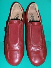 Ladies Size 40 (7) Cherry Red Leather Elastic Front Casual Shoes by Puma