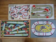 4 alte Spielpläne von Brettspielen Wettrennen Autorennen Radrennen DDR ca. 1960