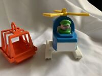 Vintage Fisher Price Little People Part 945 OFFSHORE CARGO BASE Helicopter