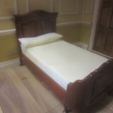 1/12 scale Dolls House Chateau Lorraine Bed   walnut  P6018