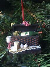 Kurt Adler Tuscan Winery Grape Cheese Picnic Basket Christmas Merlot White Wine
