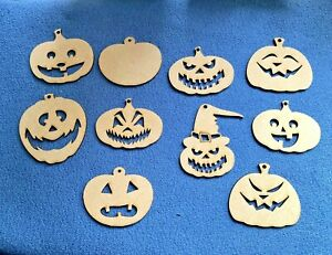 10 x Wooden Halloween Pumpkins Craft Shape  Blanks with hanging hole