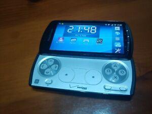 Sony Ericsson Xperia Play R800i Unlocked Smartphone - Black with 4GB Memory Card