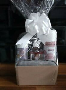 Mrs Hinch inspired Budget Cleaning Gift Set gift wrapped