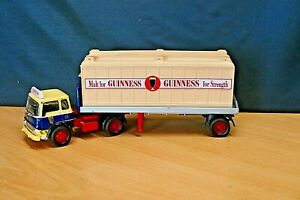 CORGI  SCALE:1:50 22504 BEDFORD TK PLATFORM  LORRY WITH CONTAINER GUINNESS