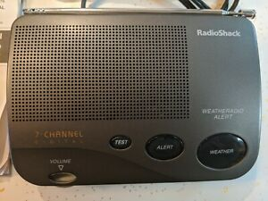 Radio Shack NOAA Weather Radio Alert 7 Channel Digital 12-247B