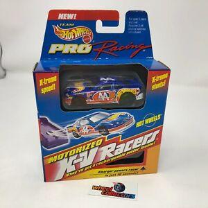 #4770 Motorized X-V Racers * Hot Wheels Pro Racing Nascar * WC3