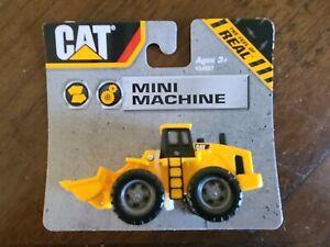 CAT Mini Machines Plastic Toy   2013