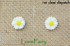 Gorgeous White Daisy Silver Plated Stud Earrings Flower Summer 9mm