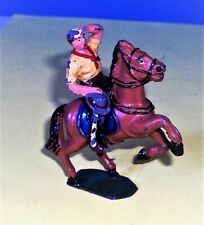 Cowboy TIMPO, pas Quiralu ni Starlux   405