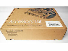 VINTAGE MACINTOSH IIci ACCESSORY KIT 601-0018-A MISSING MOUSE AND POWER CORD