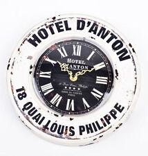 Orologi e sveglie da casa in metallo bianco