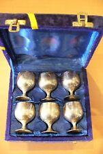 ANCIEN COFFRET VELOURS  BLEU -VERRE A LIQUEUR - MÉTAL ARGENTÉE  (6 pieces)  !!
