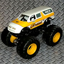 NO PROBLEM extended Ford Bronco CUSTOM BUILT HOT WHEELS MONSTER JAM TRUCK 1/64